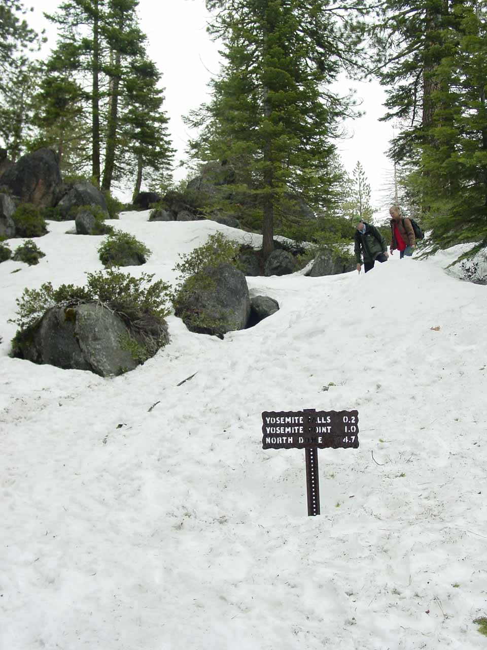 Following the signs to the top of Yosemite Falls