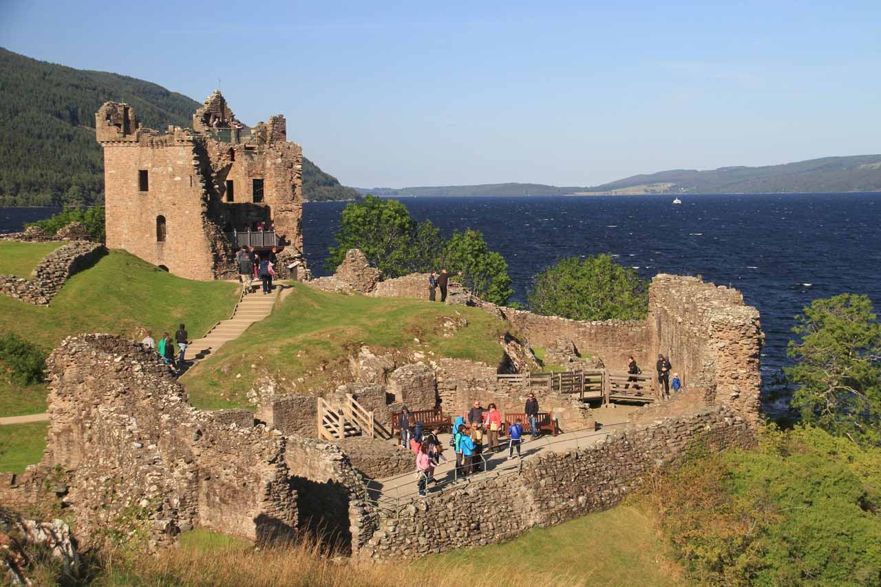 Less than 2 miles beyond Drumnadrochit along the A82 road was the attractive ruins of Urquhart Castle, which overlooks Loch Ness and could very well be the most worthwhile Loch Ness excursion