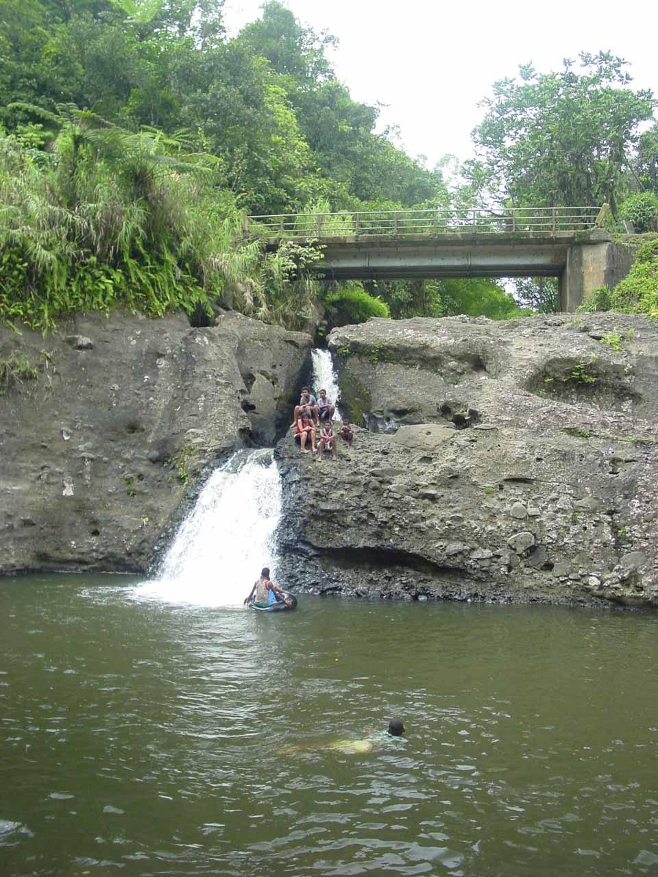 Uru's Waterfall just off the Kings Road in Viti Levu