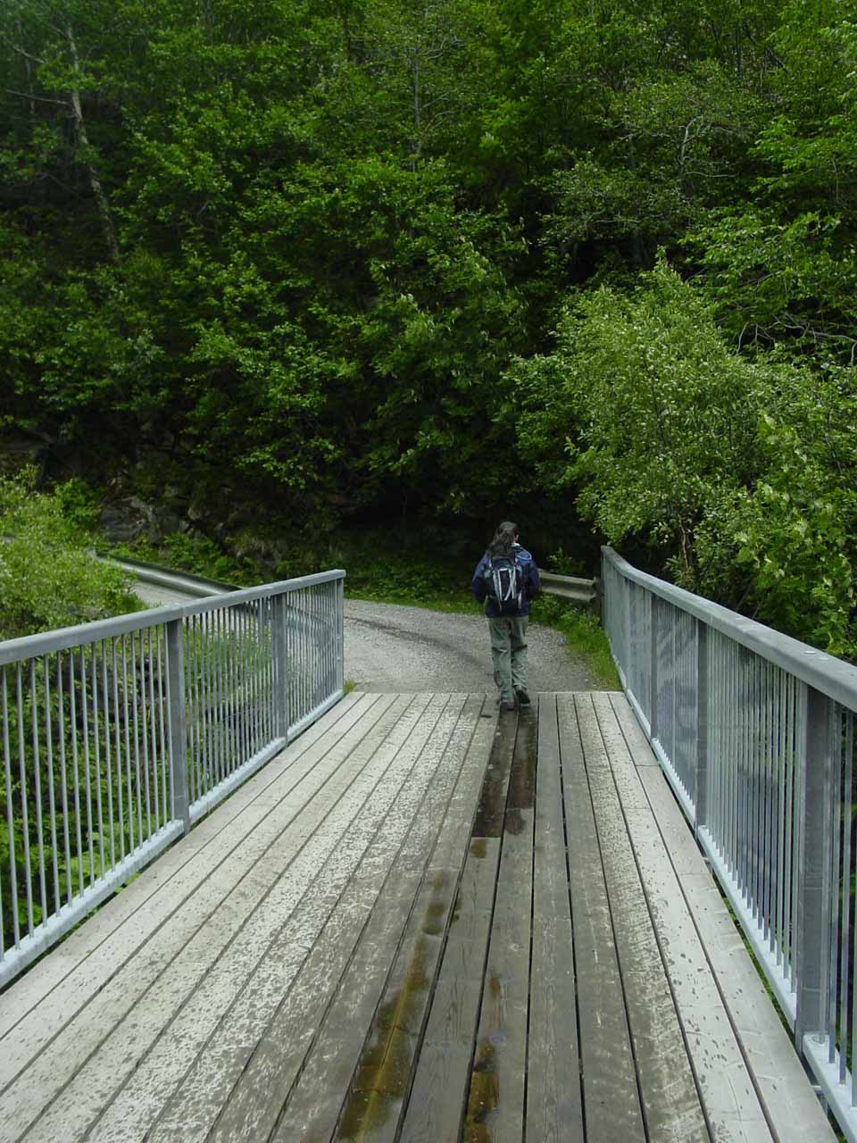 Julie about to finish crossing another bridge as we left the Utladalen Naturhus