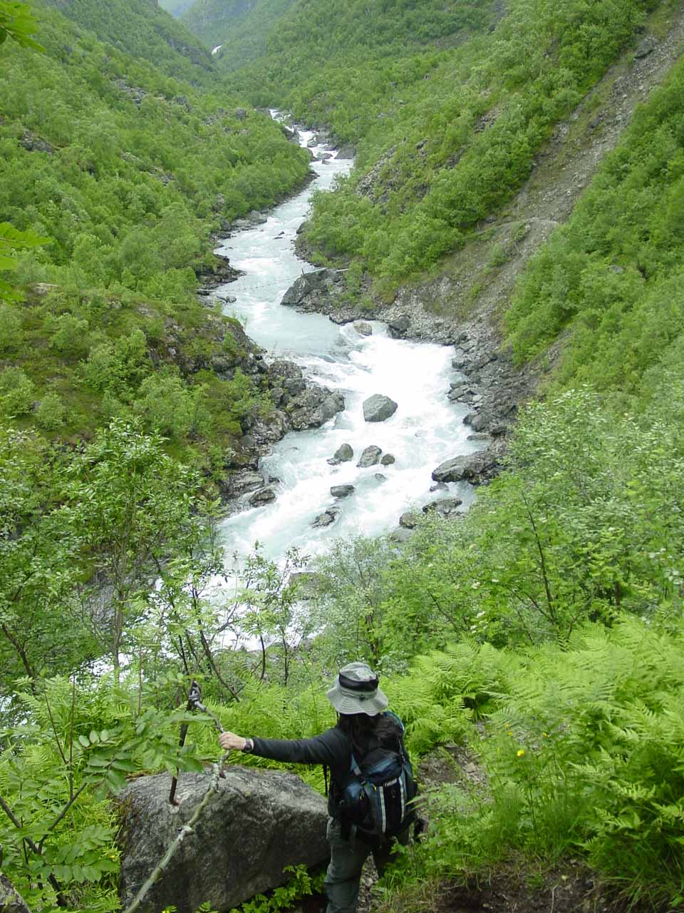 Julie descending the steep path beyond Vetti as the trail dropped down to the level of the river