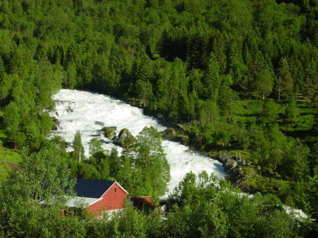 Vallestadfossen_002_06292005 - Broad cascade that I believe to be Vallestadfossen