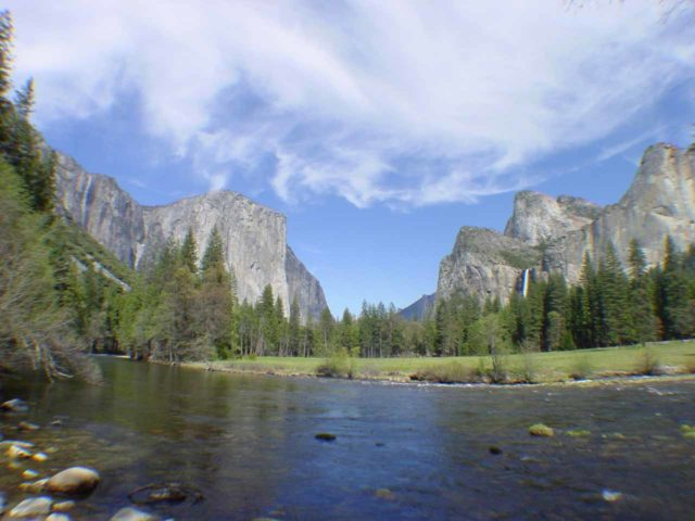 Valley_View_wide_001_04232004