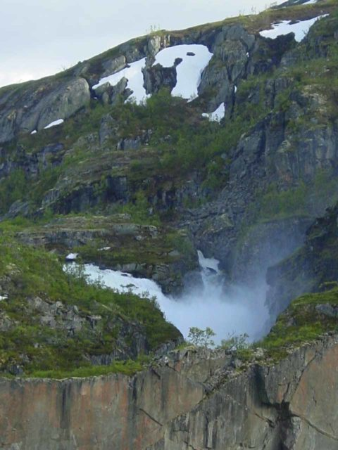 Valursfossen_032_06252005