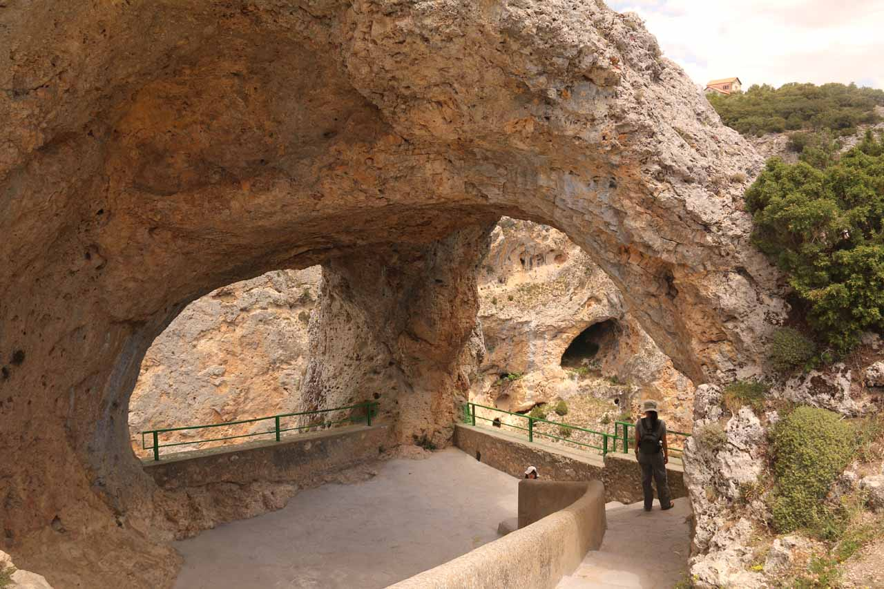 On the way to and from the Cascada del Molino from Cuenca, we made brief stop at the Ventano del Diablo, which was an interesting double arch perched atop a cliff overlooking a gorge
