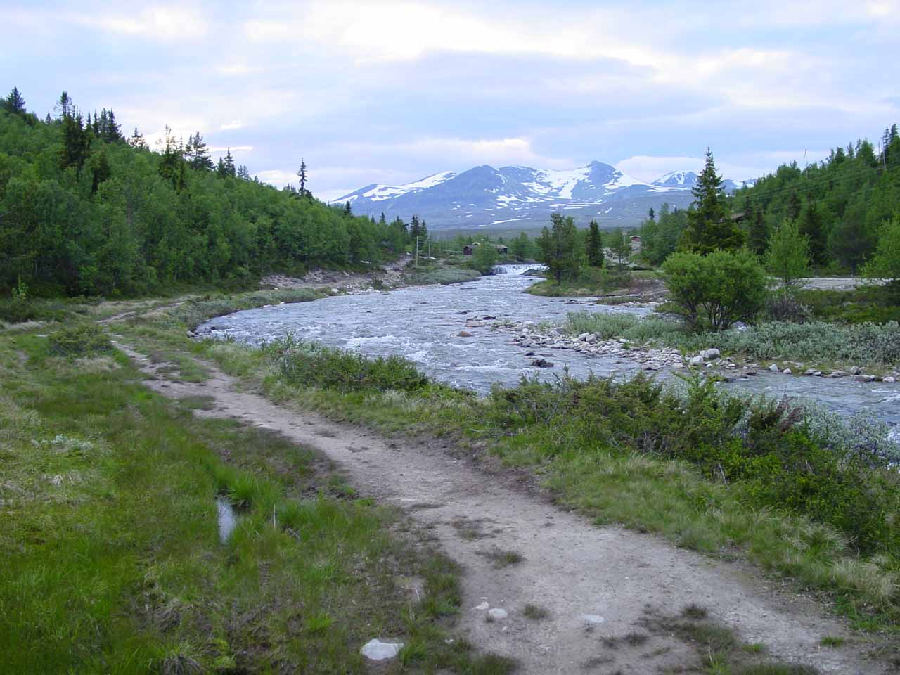 Following the Peer Gynt Trail alongside the Store Ula River