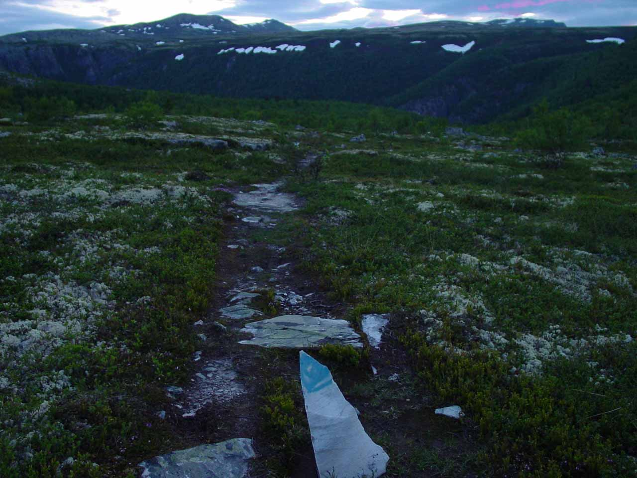 Now the trail was marked by blue arrows or markings