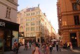 Vienna_032_07072018 - Now we were entering a pretty busy part of Vienna on a street called Graben
