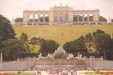 Vienna_587_07092018 - Zoomed in look at the Pavilion and the Neptune Fountain at the Imperial Gardens behind the Schonbrunn Palace