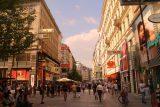 Vienna_849_07092018 - Back on the happening pedestrian walking streets of Vienna