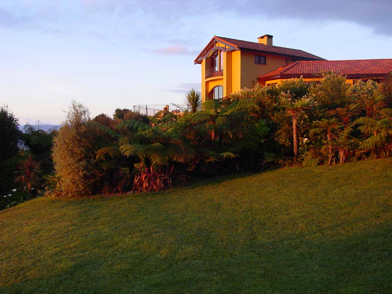 Gorgeous glow on the Villa Toscana Lodge in the early hours of the morning
