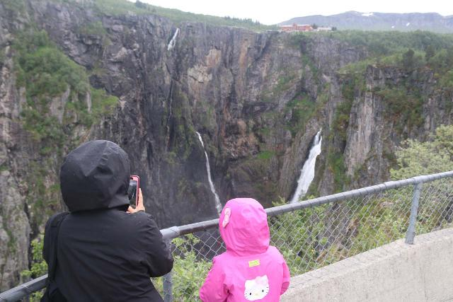 Voringsfossen_029_06242019 - One of the easy lookouts of Vøringsfossen