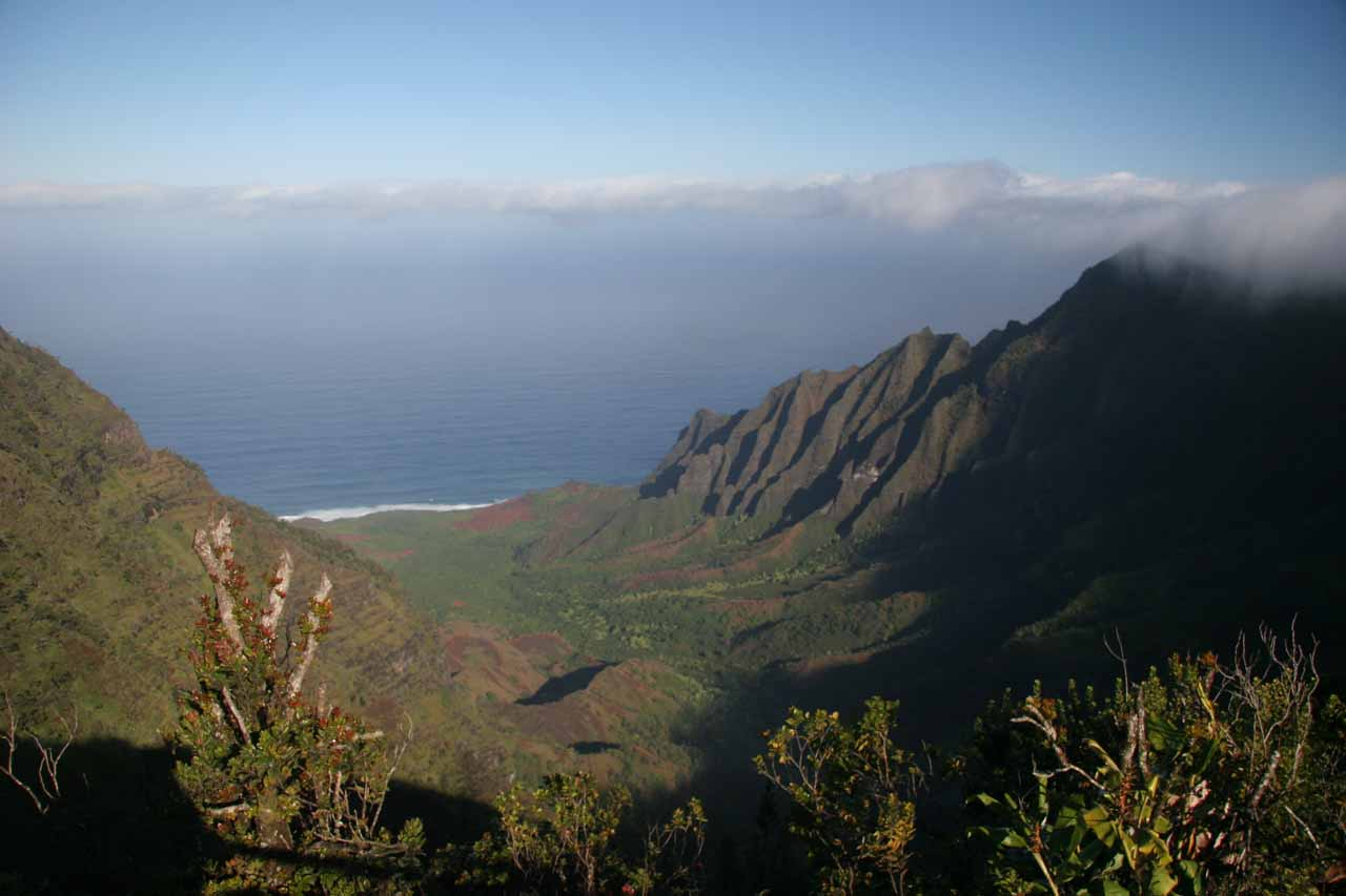 Speaking of 'secret', Kalalau Valley was a relatively secluded spot of Kaua'i that can only be seen from the Waimea Canyon side, a long Kalalau Trail backpack, or kayak under calm conditions