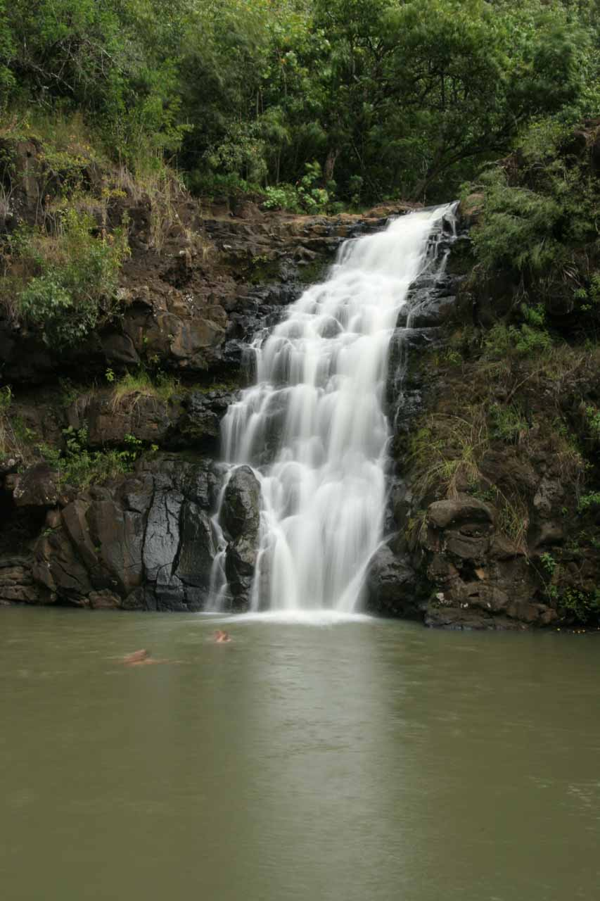 Closer look at Waimea Falls