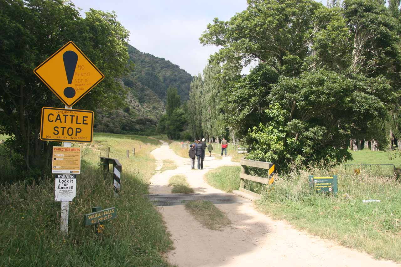 Cattle guard and signage at the trailhead