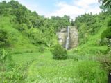 Wainuta_Falls_026_12262005 - Approaching Wainuta Falls