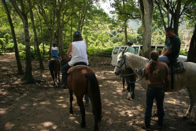 Waipio_stables_001_02232008 - Getting saddled up to start the riding tour