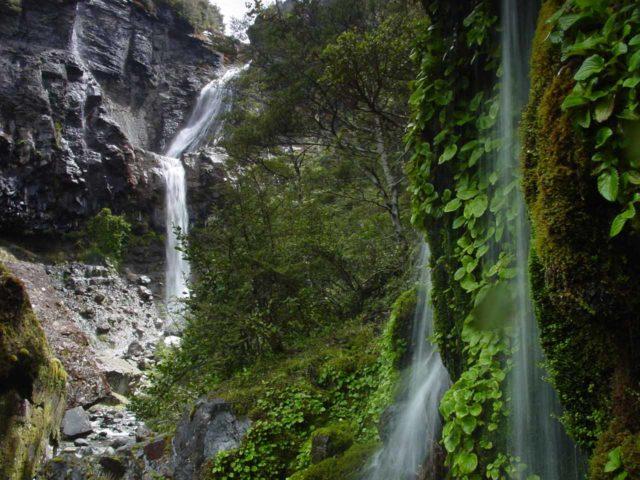 Waitonga_Falls_053_11162004