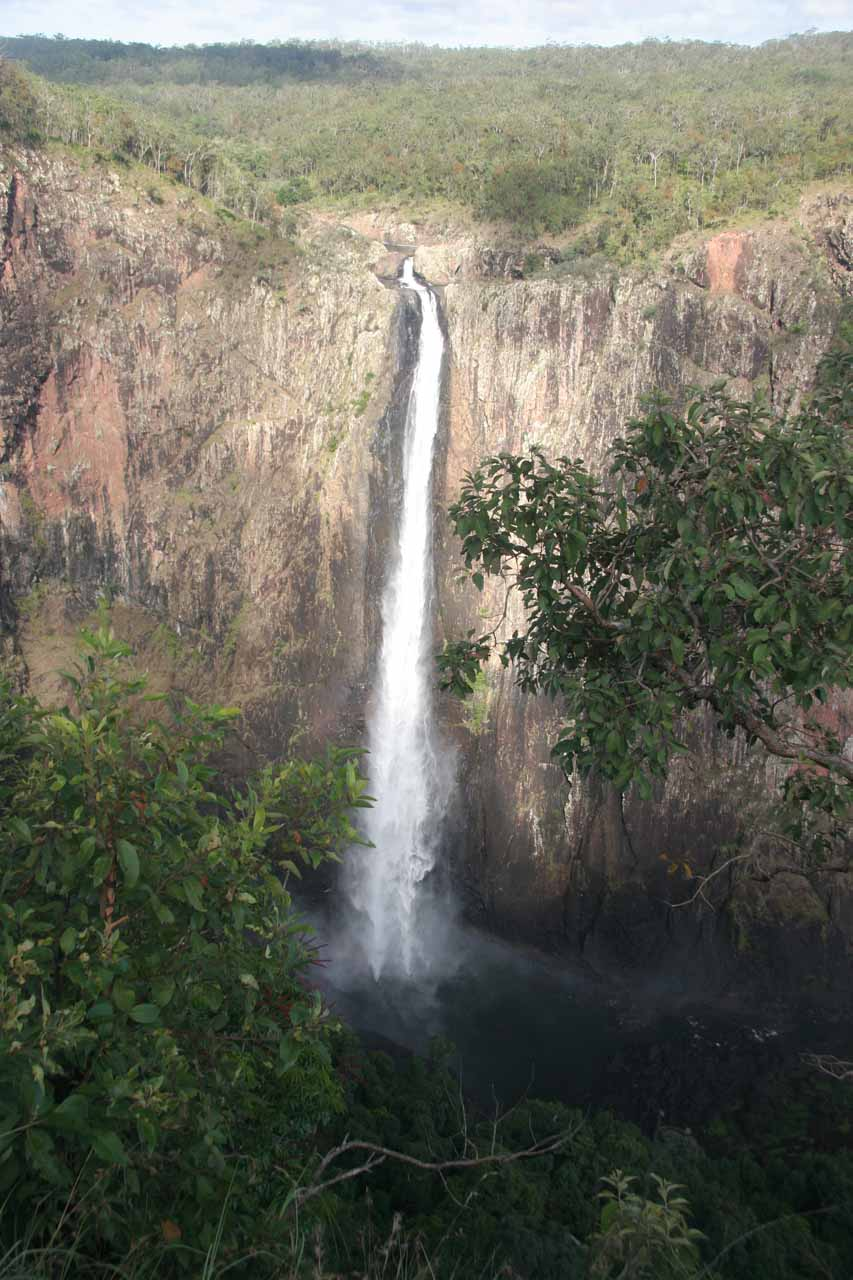 When we first showed up to Wallaman Falls, it was still partly cloudy and a little overcast