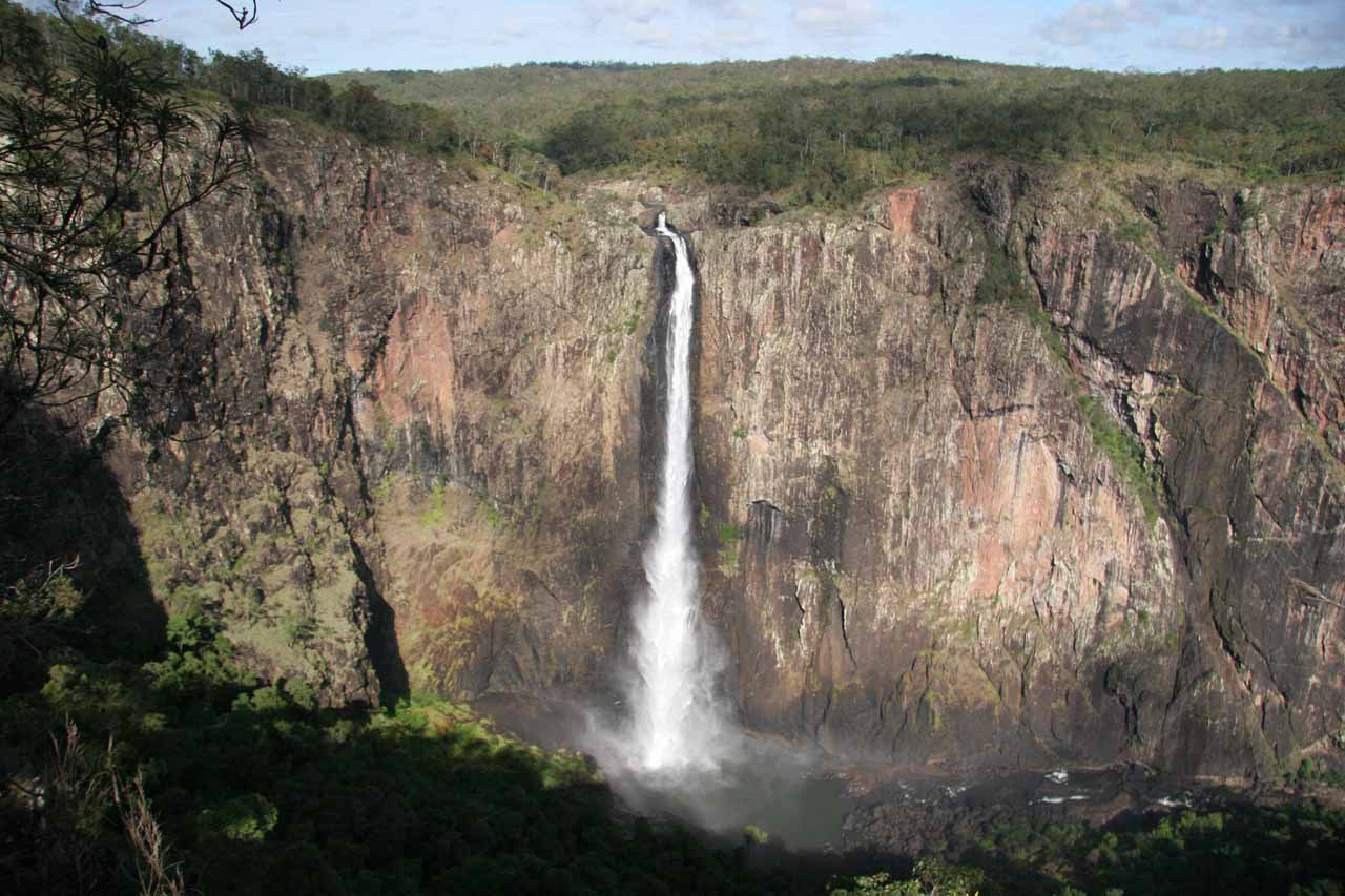 This was our first look at Wallaman Falls from the main lookouts prior to embarking on the 4km walking track to its base