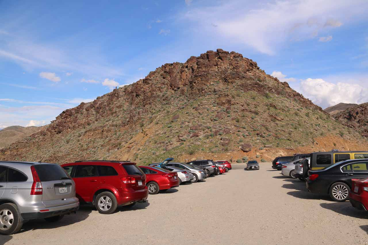 The busy car park by the Trading Post within Indian Canyons