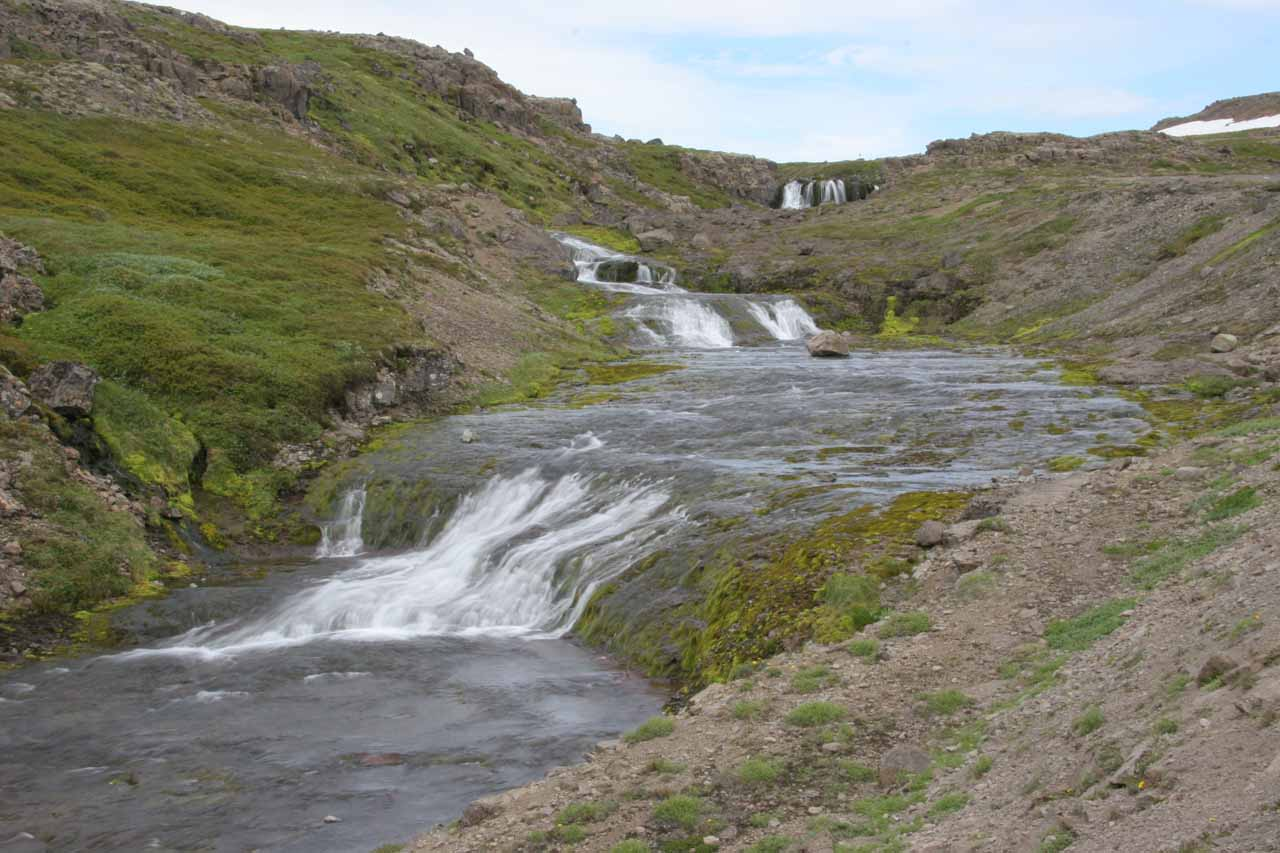 Closer look at that roadside cascade by Road 60