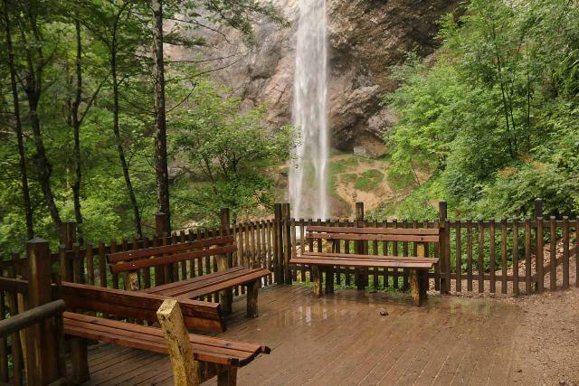 Wildenstein_Waterfall_058_07102018 - The lookout deck at the end of the Wildenstein Waterfall Trail, which stopped well short of backside of the waterfall's base