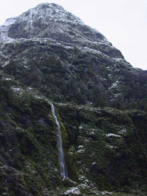 Wilmot_Pass_027_11252004 - Cleve Garth Falls