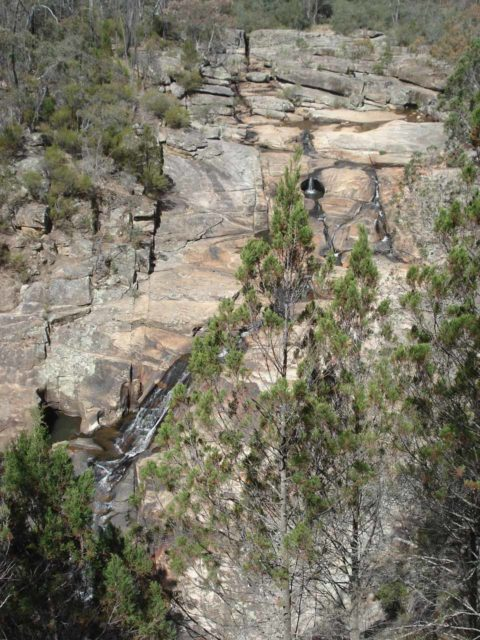 Woolshed_Falls_001_jx_11092006 - Woolshed Falls in low flow from our first visit back in November 2006