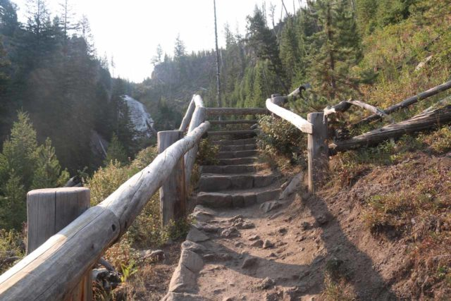 Wraith_Falls_17_012_08102017 - Ascending the steps leading up to the lookout for Wraith Falls