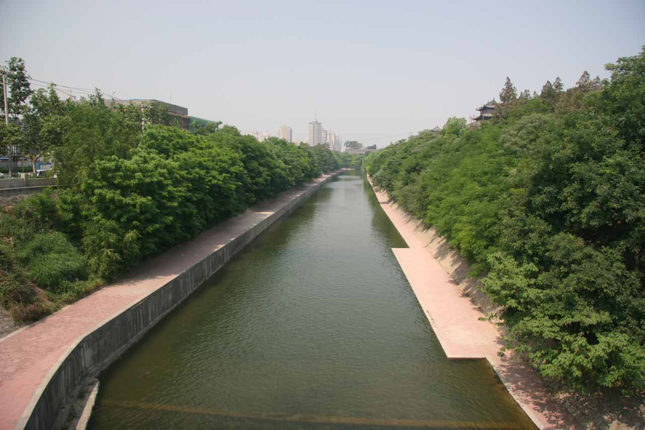 The moat surrounding the downtown Xi'an