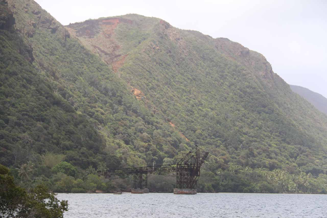 Just a short distance south of Cascade de Wadiana was the remnants of the mining infrastructure for nickel at Goro. There was a far more extensive operation going on at Prony, however