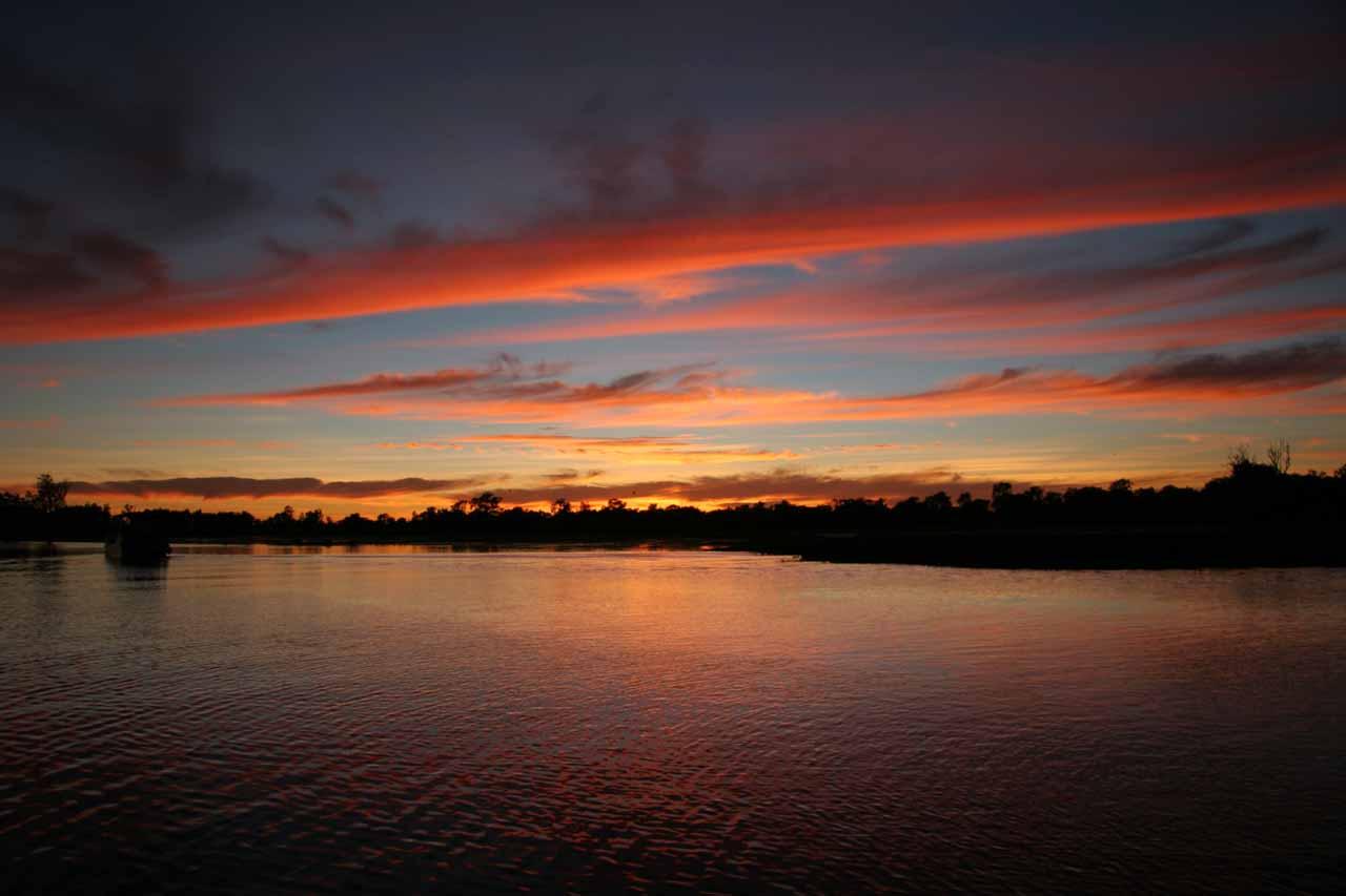 Sunrise on the dawn Yellow Water Cruise