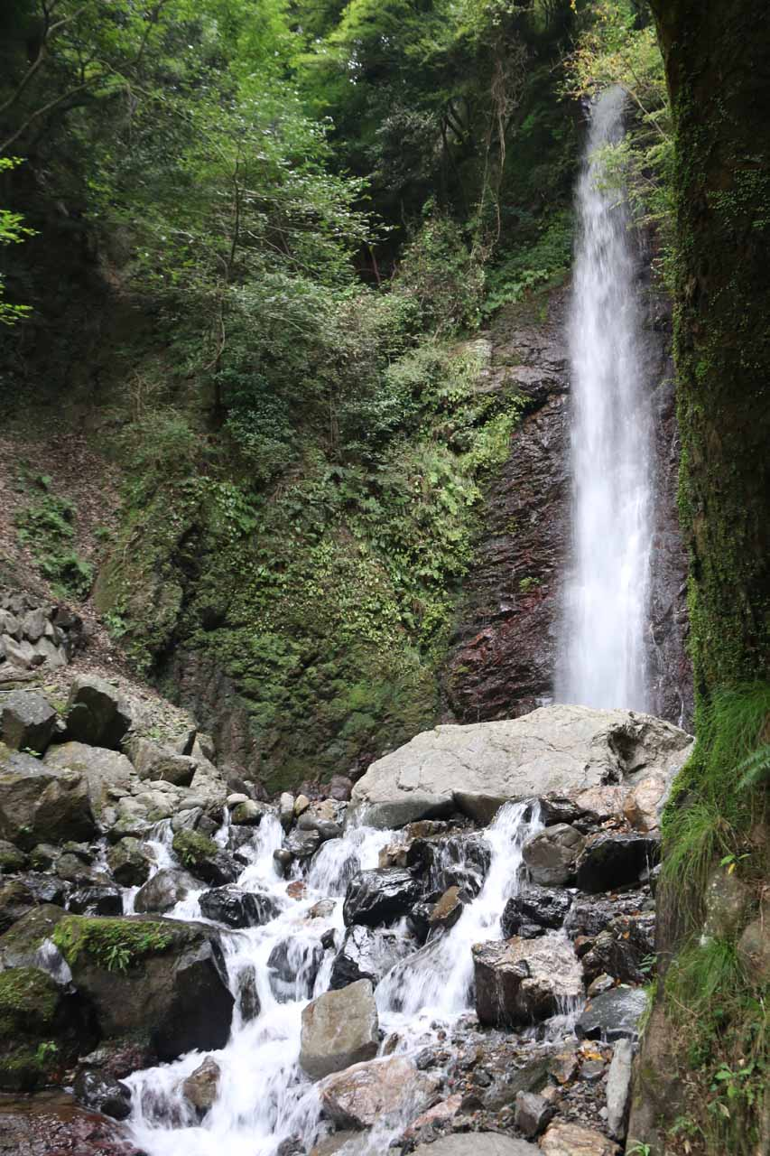 Another look up at the Yoro Falls with some cascades below it