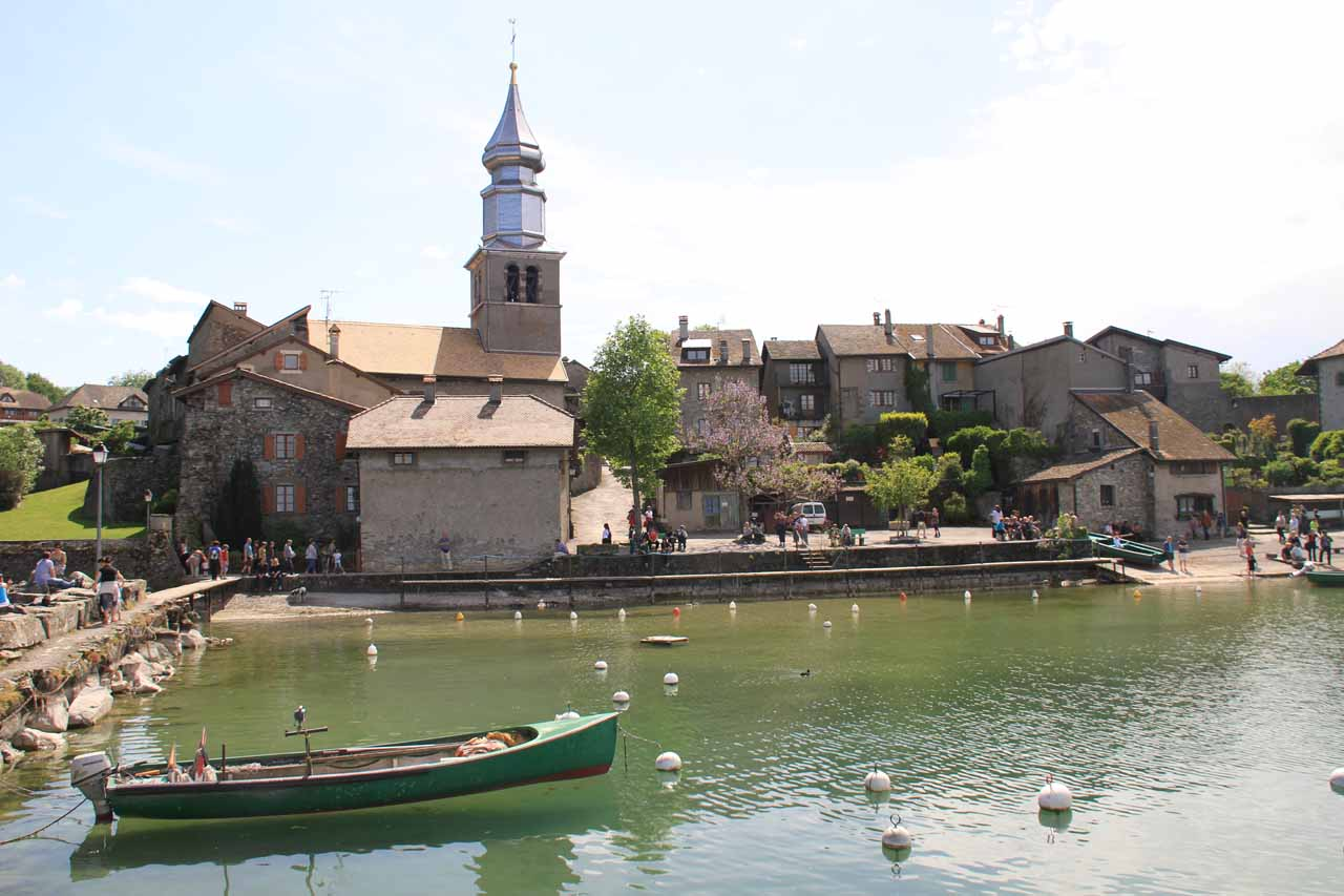 After wrapping up our time in Annecy, we then headed further north to Lake Geneva where the charming town of Yvoire was nestled on its southern shores east of Geneva