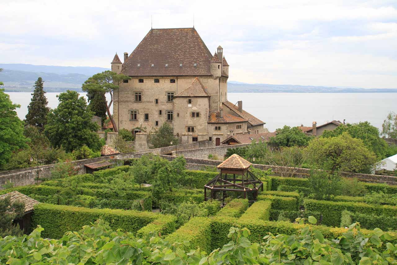 After spending time at Lac d'Annecy, we then continued north towards Lac de Geneve and the charming town of Yvoire on its southern banks (still in France)