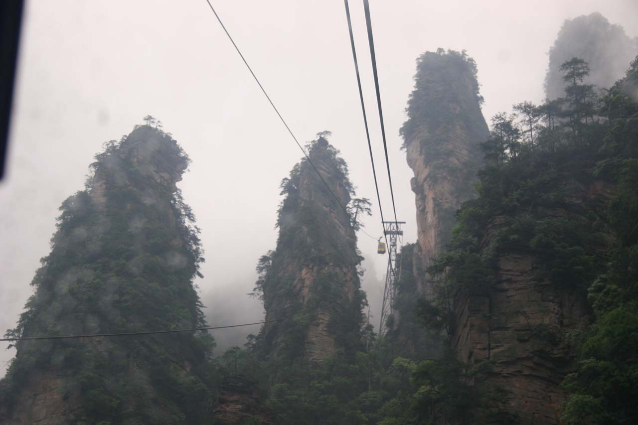 On the cable car approaching Huangshizhai part of Zhangjiajie