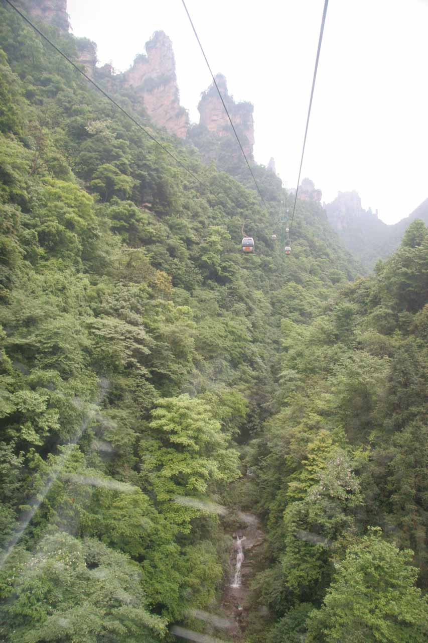 Riding another cable car towards the Wulingyuan part of the park