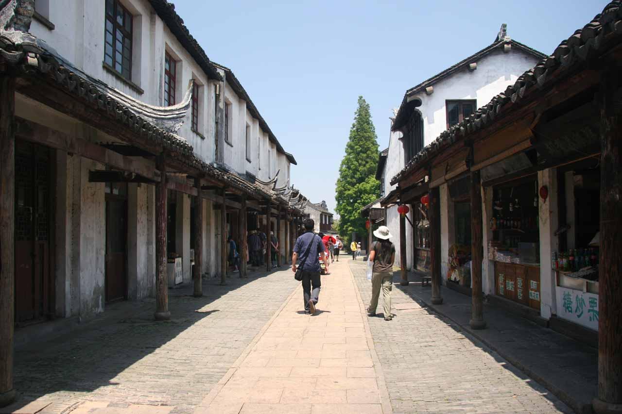 Julie and Alan walking through a much quieter part of Zhouzhuang