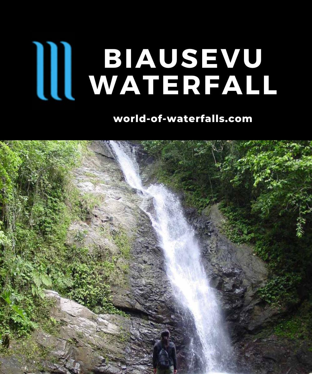 Biausevu_013_12272005 - Julie checking out the Biausevu Waterfall