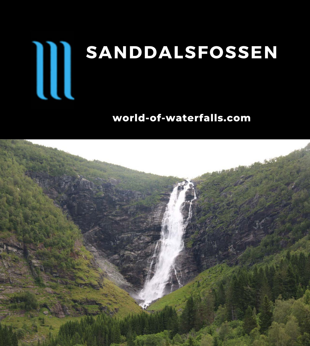 Myklebust_130_07192019 - The sanctioned view of Sanddalsfossen from the upper approach to it