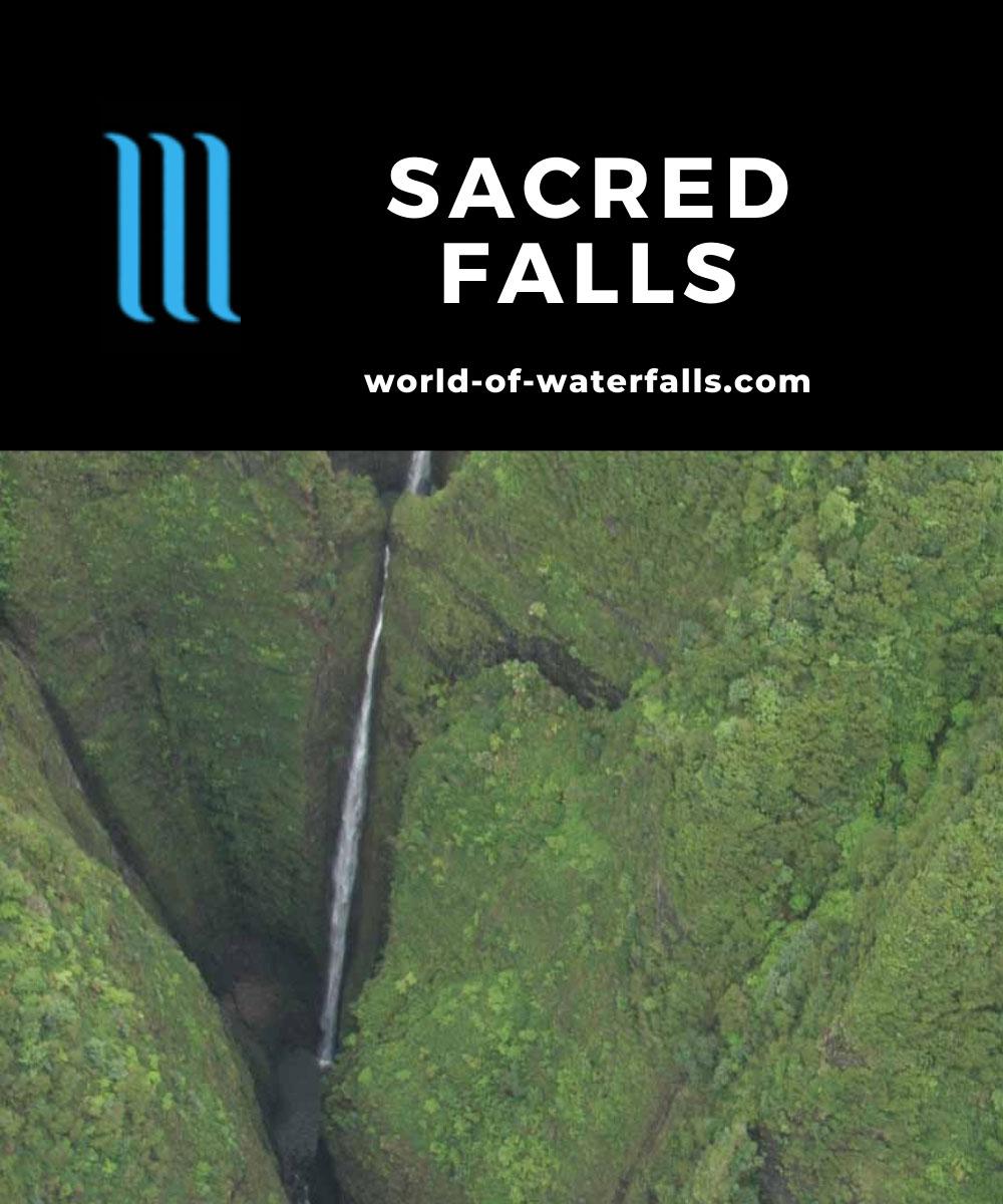 Oahu_Heli_051_cropped_01122007 - Sacred Falls or Kaliuwa'a Falls