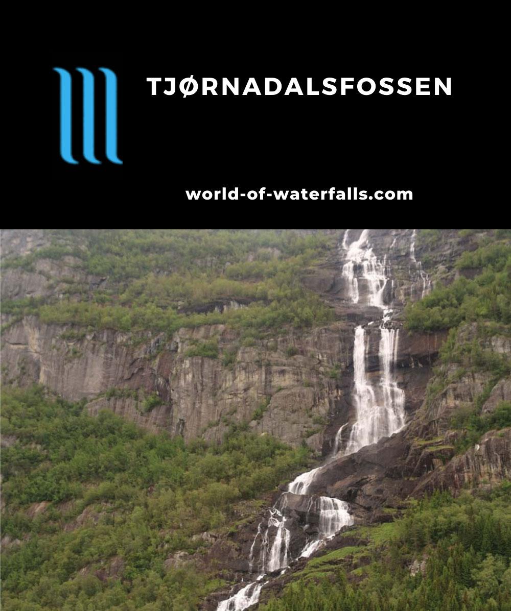 Oddadalen_119_06232019 - Unobstructed and elevated view of Tjørnadalsfossen as seen in June 2019