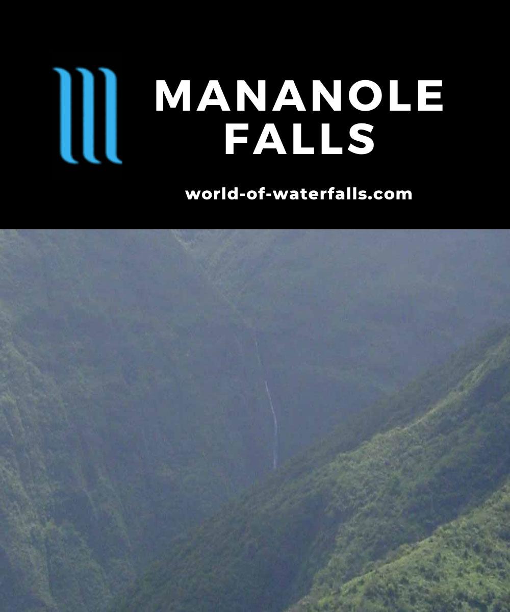 Waihee_Ridge_009_09022003 - Mana-nole Falls seen from the Waihe'e Ridge Trail