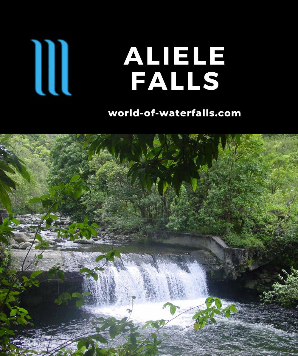 Waihee_Valley_014_09022003 - Ali'ele Falls